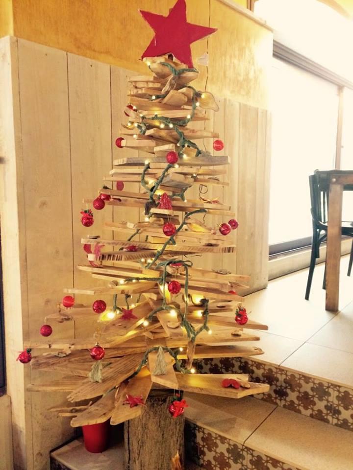 Navidad 2018 en L'Escala árbol GROP